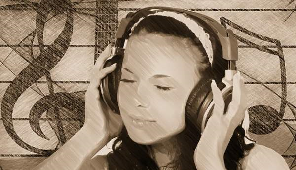 Free Photo Girl, Headphones, Music - Free Image on Pixabay - 140569 - Google Ch_2014-07-27_09-09-53-Optimized