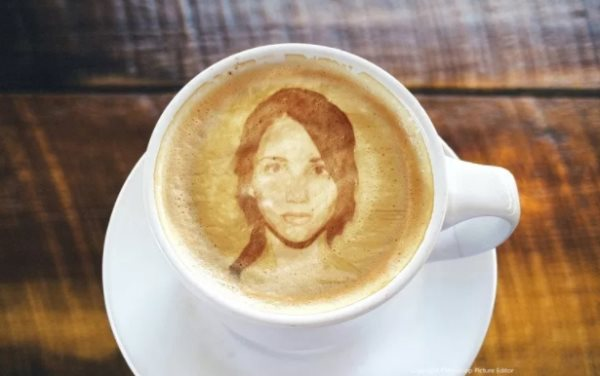 image in coffee cup tutorial